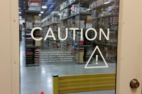 caution label, door safety vinyl